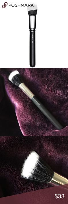 MAC 187 Synthetic Duo Fibre Face Brush A large full circular brush used for the lightweight application and blending of face powders or pigments that works especially well with Mineralize products. Use to create soft layers or add textures. M·A·C professional brushes are hand-sculpted and assembled using the finest quality materials. Our 100% synthetic brushes incorporate the latest innovations in fibre technology for superior performance and improved longevity. MAC Cosmetics Makeup Brushes…