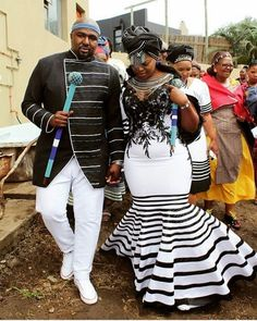 Xhosa Wedding Attires it is important for women to look dignified at all times particularly if there is a cultural ritual.Women must have a chic look. Zulu Traditional Attire, South African Traditional Dresses, Traditional Wedding Attire, Traditional Outfits, Tsonga Traditional Dresses, African Print Dresses, African Fashion Dresses, African Dress, African Clothes