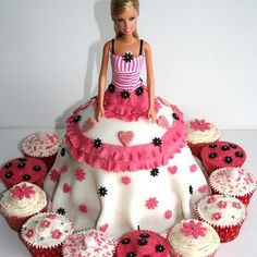 I love this cake!  Mrs. Sigmon next door used to make these for me for my birthday.  Barbie cake!