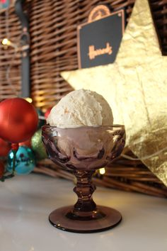 A richly spiced no churn marmalade ice cream using Harrods Orange and Ginger marmalade from their Christmas Hamper, The Grosvenor. Bourbon Ice Cream, Harrods Christmas, Christmas Hamper, Marmalade, Christmas Recipes, Vanilla, Spices, Yummy Food, Holiday