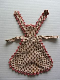 Apron for antique doll