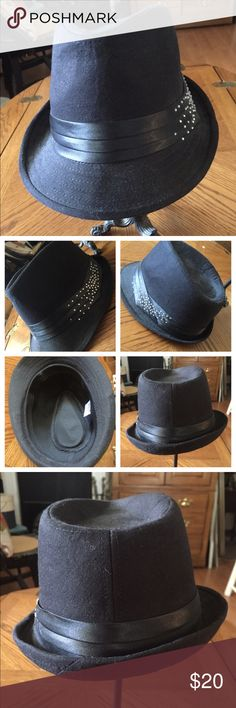 Black Fedora Hat w Satin Band   Rhinestones Awesome Unisex Black Fedora  Molded Hat w Rhinestones on the outer Satin Band. In great preowned  condition. 4fb487c36e5d