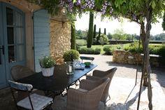 Mas de Colongue : Luxury Vacation Villa Rental from OnlyProvence