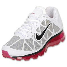 The Air Max 2011 has taken the Fuse material previously used on a basketball shoe and combined it with Aix Max technology to create the ultimate running shoe. The Fuse material has the breathability of mesh and the durability of a leather upper to make the perfect combination. The 360 Air Max unit provides a lightweight design and comfortable ride.