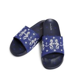 Keep your toes cool at the beach or pool in these stylish printed beach slides. They even have a shaped footbed for comfort! White Nike Shoes, White Nikes, Vera Bradley, Bradley Beach, Cute Baby Shoes, Flip Flop Slippers, Hype Shoes, Girls Shoes, Ladies Shoes