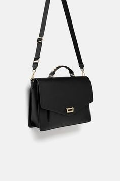 SAC DE VILLE – Expolore the best and the special ideas about Prada handbags Trendy Purses, Cute Purses, Prada Handbags, Purses And Handbags, Burberry Handbags, Handbags Online, City Bag, Girls Bags, Luxury Bags
