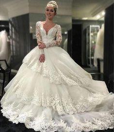 Vintage perles Appliques Robes de mariée Tiers manches longues 2016 dentelle blanche robe de bal Sexy col en V arabe A-ligne Robes de mariée Plus