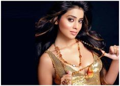 Latest Best Shriya Saran Wallpapers and Pics