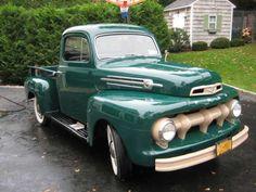 1952 Ford F1 Pickup Truck