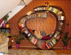creative and comfy book nook Bookshelf Plans, Bookshelves, Simple Bookshelf, Bookshelf Ideas, Gamer Room, Nook And Cranny, Cozy Place, Book Nooks, Reading Nooks
