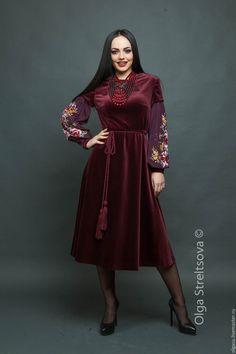 """Купить Вышитое вечернее платье """"Бархатный сезон"""" вышивка гладью - бордовый, цветочный, вышитое платье"""