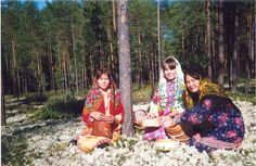 Khanty girls gathering berries