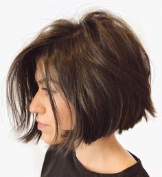 Current Disheveled Brunette Bob