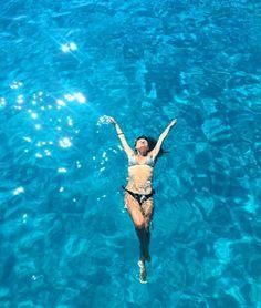 Η ελληνική «Γαλάζια Λίμνη»: Το ακατοίκητο νησί με τις φυσικές πισίνες που «βουλιάζει» από κόσμο (Pics) Bikinis, Swimwear, Bathing Suits, Swimsuits, Bikini Swimsuit, Swimsuit, Bikini Tops, Bikini, Costumes