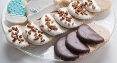 Traverse Magazine's December 2015 Food File, Ruthann Dexter of Ruthann's Gourmet Bakery in Bellaire, shares her Ruthie Almond Sugar Cookies recipe.