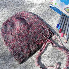 Весна экспериментов 😉 - уже которую неделю вяжу 😨 #Шапки_Lurik24, уж больно зацепила меня моя новая идея 🔴#Шапка_Crossbill. Вяжу 😤, а вот фотографировать оставляю на осень 😔, но таки одну Вам покажу 🔴#0570_Шапка_Crossbill_sport, нежно розовая, ну это основной цвет, остальное Вам видно. Шапочка маленькая, четко сидит по голове.  ▫️Состав: 100% мериносовая шерсть Extrafine (ручное окрашеванье от #pryazha_ot_vizell;  ▫Размер: на обхват головы 54-58;  ▫️Цена: 650грн/25$/23€;  ▫️Шапка в…