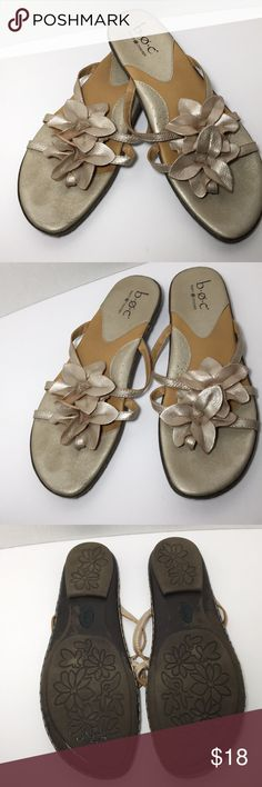 Leather sandals Gold metallic leather thong sandals with flower detail Born Shoes Sandals