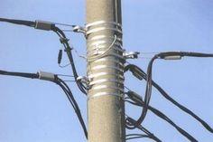 В электрификации загородных поселков, поселков СНТ, ДНТ, СНК, ДНК, СНП, СНП, а все это садовые и дачные объединения, уже давно и успешно используется технология ВЛИ – воздушных линий электропередач...