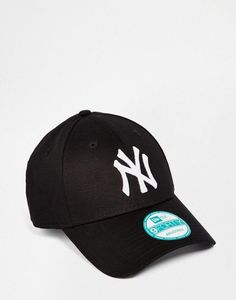 bdadd1a0a53 New Era 9forty NY adjustable Cap In Black