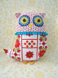 Owl with bobbles. LOL. So cute.