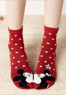 Kissing MinnieMouse....idc I want a pair I need a pair , can I marry these socks , or ? :'(♡♥♡