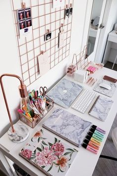Modern home office space in marble texture and rose fold elements. What a fabulo. - Modern home office space in marble texture and rose fold elements. What a fabulous place to plan yo -