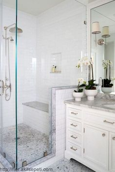 Bathroom ideas, master bathroom renovation, master bathroom decor and master bathroom organization! Bathrooms may be beautiful too! From claw-foot tubs to shiny fixtures, they are the master bathroom that inspire me the absolute most. Large Bathrooms, Amazing Bathrooms, Luxury Bathrooms, Contemporary Bathrooms, Master Bathroom Layout, Master Bedroom, Master Shower, Zen Master, Master Baths