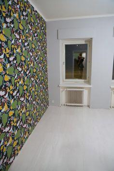Makuuhuoneen lattia (melkein) valmiina