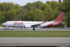 Batik Air PK-LBH Boeing 737-9GP/ER aircraft picture
