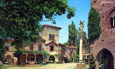 Grazzano Visconti Comune di Vigolzone (Piacenza) Sospeso tra passato e presente, Grazzano è un luogo magico, che va visitato per immergersi nella sua atmosfera unica, passeggiando tra le stradine