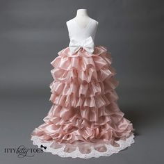 Princess Olivia Dress   Sizes: 1-5 years in stock Other sizes can be custom made  Shop: http://ift.tt/2aFbGrA