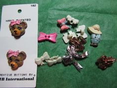 "(13)  1/2""+ BOW SHAPE CRAFT EMBELLISHMENT & RELATED BUTTONS - ASSORTED Lot#D105"