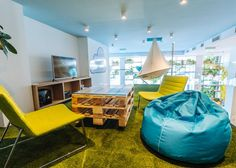 Thinking of a way to make your resting spot more comfortable, fun and relaxing? Besides the cool earth and pastel colors, bean bag is the best way to do so.