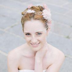 noni - Valerie- großes headpiece mit Fächerblumen aus Seidenorganza