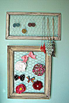 Rustic DIY Jewelry Holder