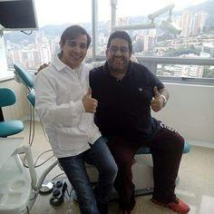 Nuestro director clínico  AlfonsoAriza y su paciente David Osorio en la #torremedicaeltesoro