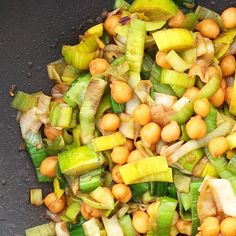 ASIAN CHICKPEA AND LEAK STIR FRY