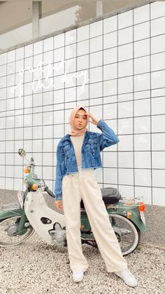 Modest Fashion Hijab, Modern Hijab Fashion, Street Hijab Fashion, Casual Hijab Outfit, Hijab Fashion Inspiration, Ootd Hijab, Muslim Fashion, Denim Fashion, Fashion Outfits