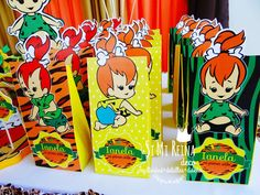 pebbles and bam bam costumes Pebbles Flintstones birthday party! See more party planning ideas at ! Costume Birthday Parties, 1st Birthday Party For Girls, Birthday Party Themes, 2nd Birthday, Birthday Ideas, Aaliyah Birthday, Pebbles And Bam Bam, Pebbles Flintstone, Dinosaur Party Favors