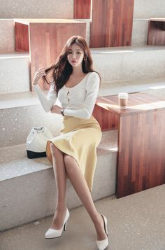 Asian Woman in white shirt and yellow dress Women With Beautiful Legs, Beautiful Asian Girls, Fashion Models, Girl Fashion, Fashion Outfits, Fashion Hair, Sexy Skirt, Pantyhose Outfits, Asian Fashion