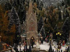 D56:  Christmas Village 2007; Artist: Connie