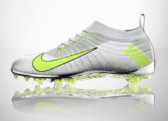 today NIKE's flyknit technology entered the gridiron with the NIKE vapor ultimate football cleat.