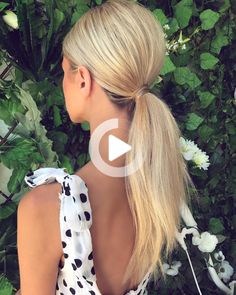 Wedding ponytail Simple, elegant and on trend for 2019/20 brides #simplehairstyles Cute Simple Hairstyles, Easy Hairstyles For Medium Hair, Boho Hairstyles, Ponytail Hairstyles, Medium Hair Styles, Short Hair Styles, Wedding Ponytail, Wispy Bangs, Sleek Ponytail