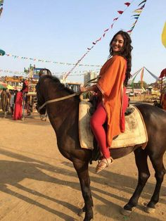 Amitabh Sinha on the sets of Beautiful Women Over 40, Beautiful Girl Indian, Most Beautiful Indian Actress, Indian Actress Images, Indian Girls Images, Indian Actresses, Woman Riding Horse, Dehati Girl Photo, Girls In Leggings