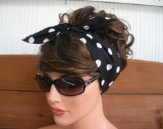 Fabric Headband - Women's Headband - Dolly Bow Retro - Accessories Women - Headwrap in Black with White Polka dots print Head Scarf Styles, Headband Styles, Tie Headband, Bandana Hairstyles, Retro Hairstyles, Vintage Hairstyles Tutorial, Hairstyle Ideas, Gossip Girl Serie, Peinados Pin Up