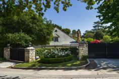 Perennial House Hunter Kelsey Grammer Lists in Holmby Hills