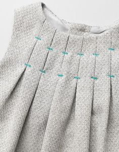 2 of 21 – fabric (mine is light wool) – lining – invisible zipper – contrasting thread – the FREE pattern size 5yo (4  to 6 years)    Serger-Pepper-Eriqua-Dress-sewing-free-pattern