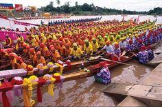 September Festivals in Thailand longboat race phichit