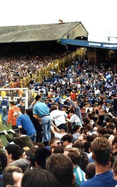 The Den - Millwall Classic Football Shirts, Vintage Football, Football Fans, Old Photos, Vintage Photos, Millwall Fc, Football Casuals, Final Days, Youth Culture