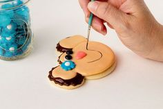 Monkey Cookies-How to Paint on a Cookie by the bearfoot http://baker.com